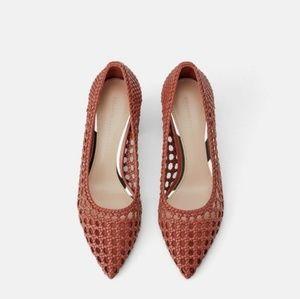Zara Woven Block Heel Pump Pointed Brick 2228/001